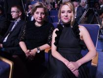 44. Festiwal Polskich Filmów Fabularnych w Gdyni. Gala finałowa w Teatrze Muzycznym. Małgorzata Imielska, Zofia Domalik