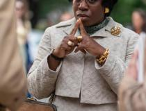 MRS. AMERICA - Uzo Aduba jako Shirley Chisholm