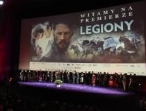 """Uroczysta premiera filmu """"Legiony"""" przyciągnęła tłum gwiazd"""
