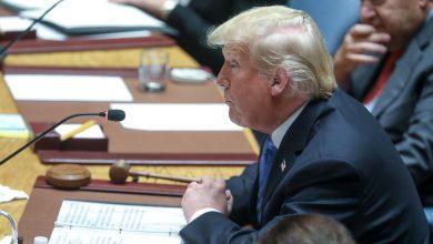 Photo of Donald Trump i pierwsza dama USA zakażeni koronawirusem. Życzenia powrotu do zdrowia płyną ze świata