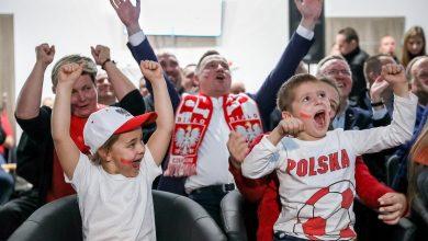 Photo of Andrzej Duda kibicował polskim siatkarzom. Witold Bańka i Jacek Kurski na MŚ w Turynie