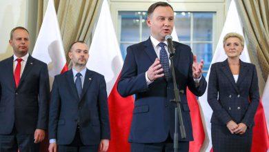 """Photo of Krótkie """"wahanie"""" się Andrzeja Dudy. Prezydent podpisze ustawę o wolnym 12 listopada"""