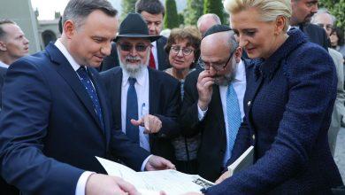 Photo of Para Prezydencka z wizytą w Szwajcarii. Hołd dla konsula Rokickiego