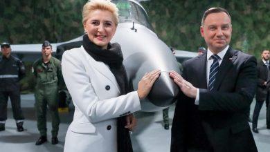 Photo of Wzrosną pensje posłów, prezydenta i innych polityków. 18 tys. zł dla… pierwszej damy
