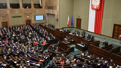 Photo of Ceny energii elektrycznej w 2019 roku nie wzrosną. Sejm i Senat przyjęły ustawę