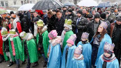 Photo of Para Prezydencka uczestniczyła w Orszaku Trzech Króli w Wadowicach