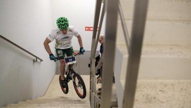 Photo of Bieg Na Szczyt RONDO 1. Rekordzista Guinnessa pokona schody na rowerze [WIDEO]
