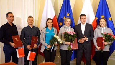 Photo of Puchar Świata w short tracku. Minister Bańka pogratulował Natalii Maliszewskiej