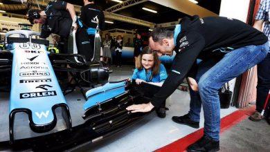 Photo of Testy F1 na torze w Montmelo. Robert Kubica z niewidomą Julią [WIDEO]