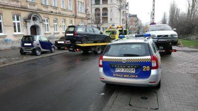Photo of Straż miejska w Poznaniu na rzecz ochrony środowiska. 505 wraków zniknęło z ulic