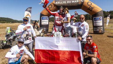 Photo of Biało-czerwone podium w Rajdzie Maroka 2019. Rafał Sonik zdobył dwa Puchary Świata!