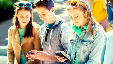 Photo of Światowy Dzień bez Telefonu Komórkowego. Zrób smartfonowy detoks – uwolnij się ze smyczy