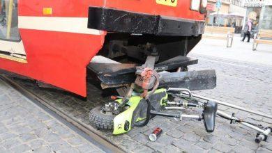 Photo of Katowice. 77-latek na hulajnodze zderzył się z tramwajem