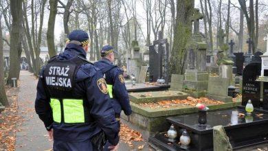 Photo of Wszystkich Świętych w Warszawie. 700 strażników miejskich. Komunikacja