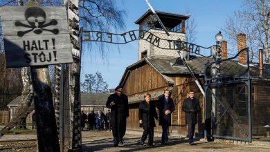 Photo of Angela Merkel i Mateusz Morawiecki oddali hołd ofiarom obozu Auschwitz-Birkenau