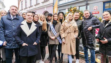 Photo of Miss Polski. Najpiękniejsze Polki przy odsłonięciu Syrenki od Toma Hanksa [ZDJĘCIA]