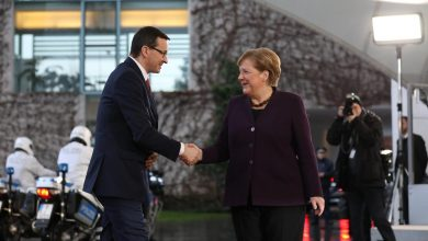 Photo of Morawiecki w Berlinie o Holocauście. Spotkał się z kanclerz Angelą Merkel