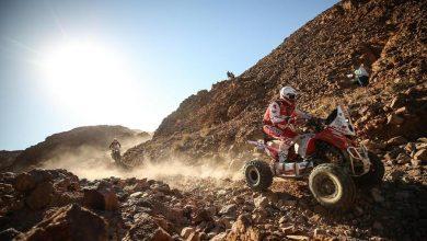 Photo of Rajd Dakar 2020. Rafał Sonik utrzymuje pozycję w Arabii Saudyjskiej