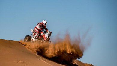 """Photo of Rajd Dakar 2020. Sonik nie może """"zaprzyjaźnić się"""" z roadbookiem"""