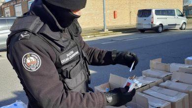 Photo of Prawie 10 mln papierosów warte 6,8 mln zł w kontenerze z koszulkami