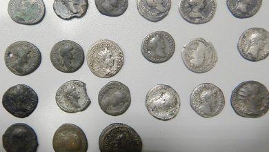 Photo of Dorohusk. Ukrył ponad 440 numizmatów z XVII-XIX wieku w laptopie