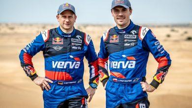 Photo of Kuba Przygoński i Timo Gottschalk z nowym samochodem w Rajdzie Kataru