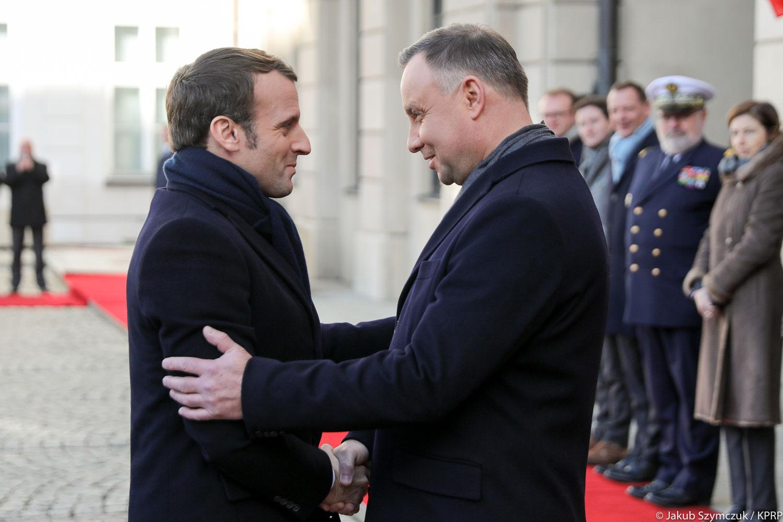Pałac Prezydencki. Ceremonia oficjalnego powitania prezydenta Francji Emmanuela Macrona przez Andrzeja Dudę