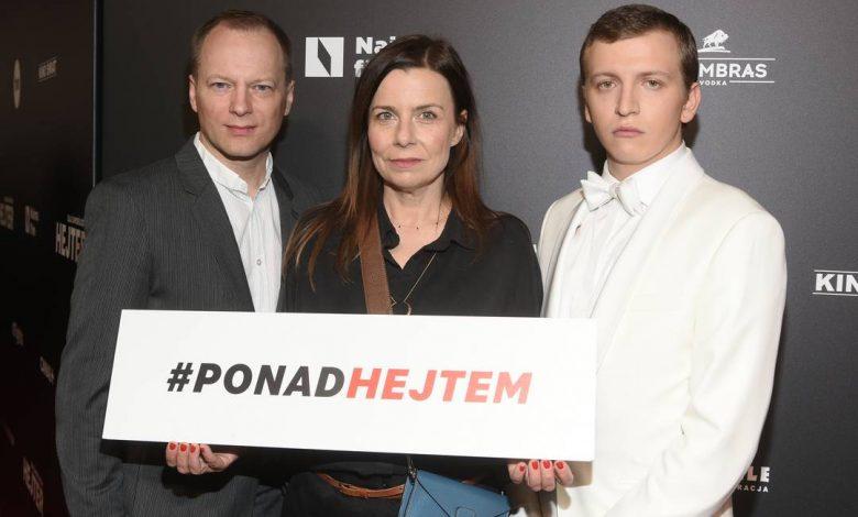 """Photo of Musiałowski, Kulesza, Stuhr, Wieniawa, Foremniak, Karolak, Owsiak na premierze """"Sala samobójców, Hejter"""" [ZDJĘCIA]"""