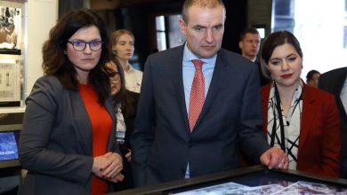 Photo of Prezydent Islandii w Polsce. Przyjechał do Gdańska… pociągiem