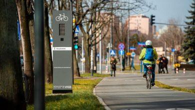 Photo of Totemy w Warszawie. Kolorowa Syrenka podpowie rowerzystom