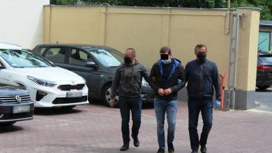 Photo of Podpalacz kilkunastu samochodów ponownie zatrzymany. To syn znanego adwokata
