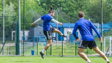 Photo of Kluby Ekstraklasy rozpoczęły treningi w grupach [ZDJĘCIA]