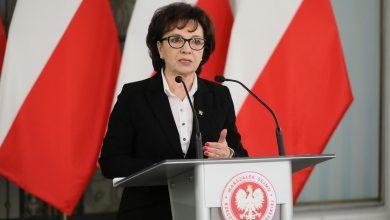 Photo of Ironia historii! Marszałek Sejmu Witek atakuje Senat i powołuje się na Konstytucję!