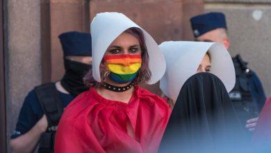 """Photo of Rząd wypowie Konwencję Stambulską. Romanowski: promuje ideologię gender. Protest """"PiS piekło kobiet"""""""
