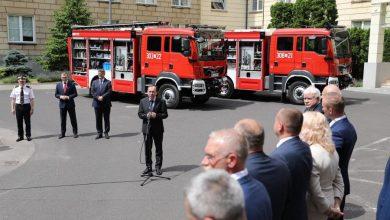 Photo of Bitwa o wozy strażackie, a raczej o… prezydenta. Znamy wyniki I tury. Rusza II edycja… dla 49 gmin