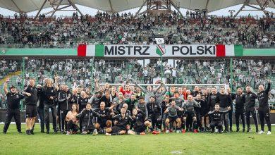 Photo of Legia Warszawa mistrzem Polski 2019/2020! Wojskowi świętowali na… barce