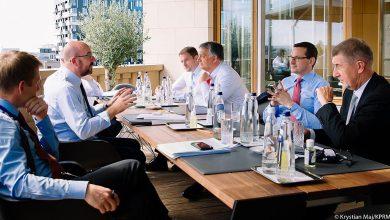 """Photo of Szczyt UE zakończony. Budżet i praworządność. PiS stracił miliardy euro? Klich: """"Premier Morawiecki kłamie"""""""