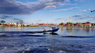 Photo of Odra. Policjanci myśleli, że nastolatek utonął. Ukrywał się w krzakach na wyspie