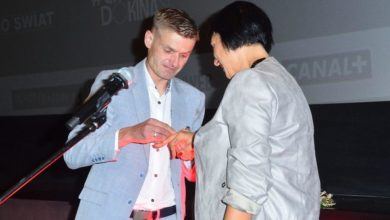 """Photo of Tomasz Komenda oświadczył się ukochanej na premierze filmu. """"Wygrałem nowe życie"""" [ZDJĘCIA]"""