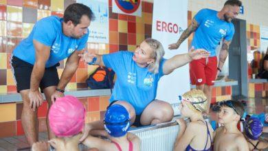 Photo of Otylia Swim Tour 2020 w Świebodzicach. Młodzi adepci pływania ćwiczyli z mistrzynią olimpijską
