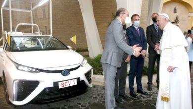 Photo of Papamobile na wodór dla papieża Franciszka. Nowa Toyota Mirai [ZDJĘCIA]