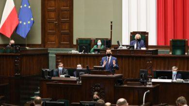 Photo of Premier w Sejmie o koronawirusie. PiS a rzeczywistość w walce z pandemią