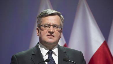 Photo of Były prezydent Bronisław Komorowski zakażony koronawirusem