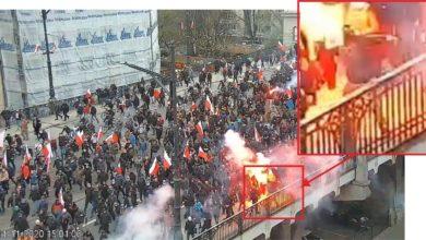 Photo of Marsz Niepodległości 2020. Podpalone mieszkanie, walki chuliganów z policjantami