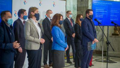 Photo of Zmiany w Warszawie. Połowa nowego zarządu miasta to kobiety