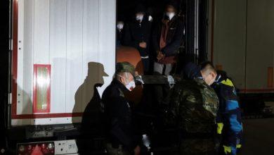 Photo of 14 Afgańczyków ukrytych w naczepie samochodu ciężarowego