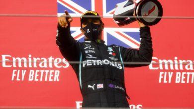 Photo of Formuła 1. Lewis Hamilton zakażony koronawirusem. George Russell zastąpi Brytyjczyka