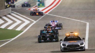 Photo of F1. GP Bahrajnu. Lewis Hamilton pierwszy. Eksplozja bolidu Romaina Grosjeana