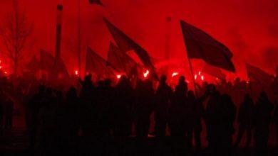 Photo of Marsz Niepodległości w Warszawie. Pałkę teleskopową, kamienie i scyzoryk znaleziono przy zatrzymanych