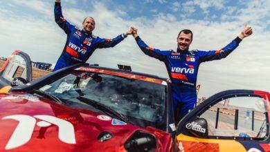 Photo of Rajd Dakar 2021. Stephane Peterhansel triumfatorem. Śmierć Pierre'a Cherpina. Przygoński i Wiśniewski tuż za podium